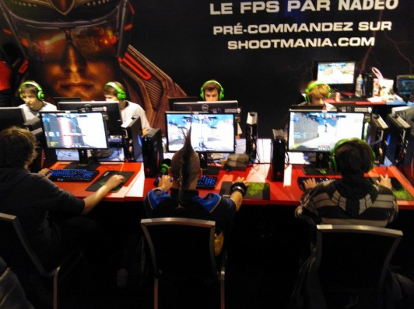 http://www.eatart.fr/wp-content/uploads/2012/11/Eat-Art-Paris-Games-Week-2012-ShootMania-Storm-e1352772315976.jpg