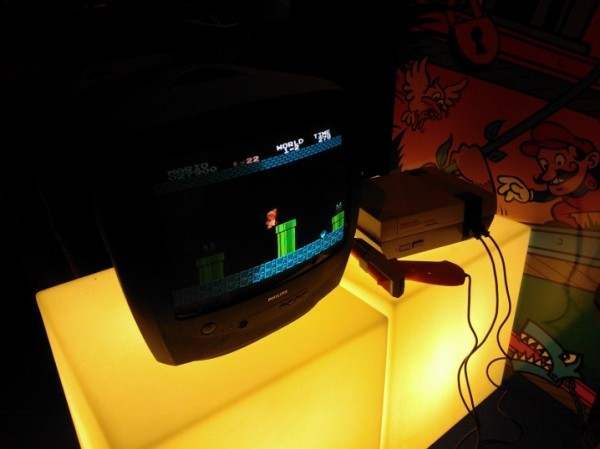 http://www.eatart.fr/wp-content/uploads/2012/11/Eat-Art-Paris-Games-Week-2012-Super-Mario-Bros-NES-e1352772338225.jpg